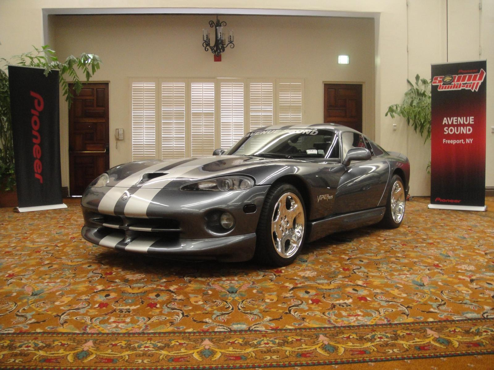 Avenue Sound's Dodge Viper